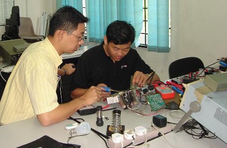 learn monitor repair