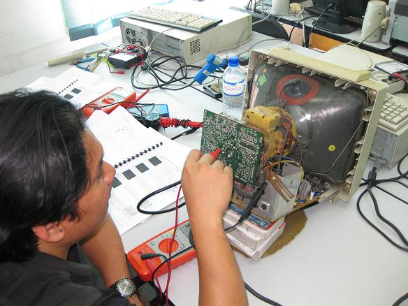 monitor repair course