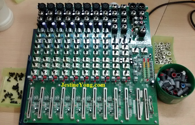 SoundCraft circuit board