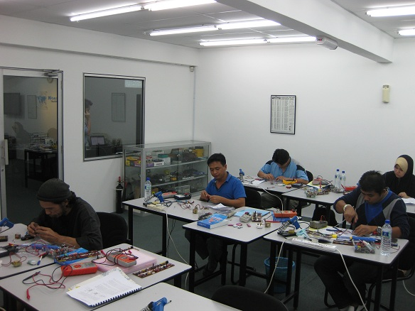 electronics courses repair